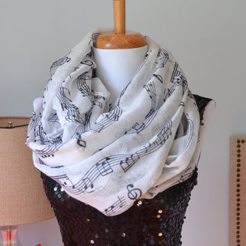 Sheet Music Scarf, Piano scarf, Infinity Scarf, black white scarf, Music scarf, music infinity scarf