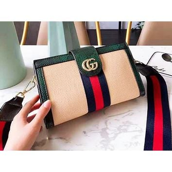GUCCI hot seller of casual ladies' shopping bag with a single shoulder woven with color snake pattern