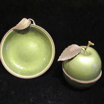 Vintage Lighter Guilloche Lighter Guilloche Ashtray 1950's Evans Table Lighter & Ashtray Set Green Apple Lighter EXCELLENT WORKING CONDITION