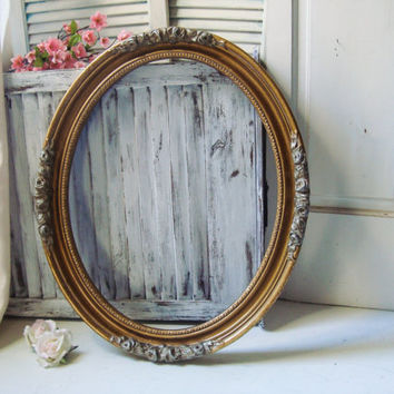 Large Gold Oval Ornate Frame, Floral Detailed Vintage Open Oval Frame, Cottage Chic, Shabby Chic Distressed Vintage Frame, Wedding Frame