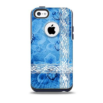 The Vibrant Blue & White Floral Lace Skin for the iPhone 5c OtterBox Commuter Case