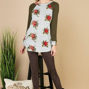 Giuliana Olive and Floral Elbow Patch Top (Misses)