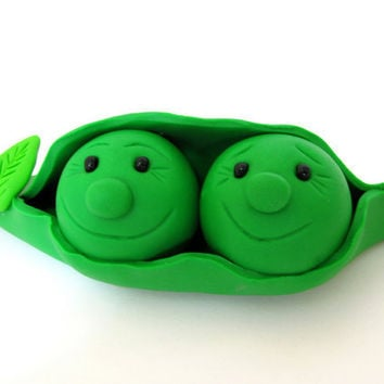 Two peas in a pod, wedding cake topper, polymer clay