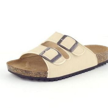 Junior Boys Girls Non Slip Breathable Soft Leather Flat Cork Sandals Beach Shoes With Double Buckle Strap
