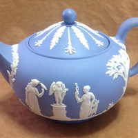 Vintage 1950s Wedgwood Blue Jasperware Lidded Tea Pot