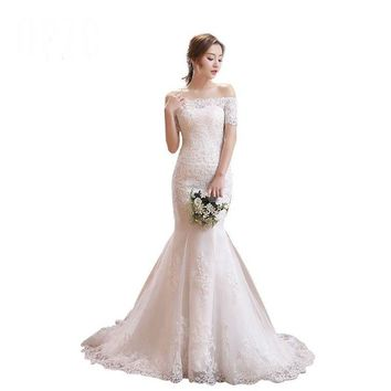 Mermaid Train Lace Appliques Half Sleeve Wedding Dress