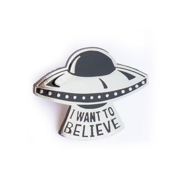 I Want To Believe UFO Enamel Pin