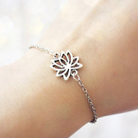 lotus flower - delicate everyday bracelet