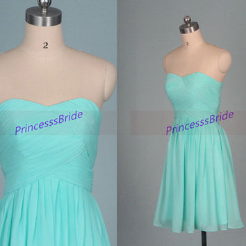 Short mint chiffon bridesmaid dresses in 2015,simple women dress for wedding party,cheap sweetheart prom gowns,affordable homecoming gowns.