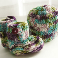 Baby girl booties hat set pastel pink blue green purple crochet newborn photo shoot. 0 - 3 months Ready to ship