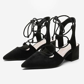 Fashionable new style sandals for women with pointed head and shallow mouth cross strap and thick heel