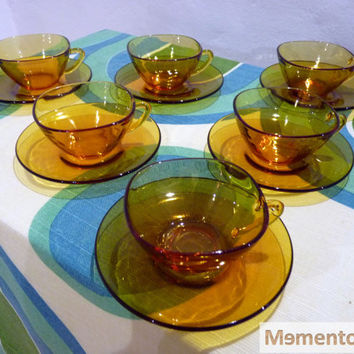 Set of 6 coffee with milk duralex amber colour cups, from the 70's
