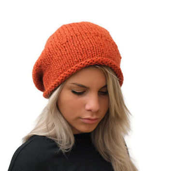 Winter hat / Orange chunky hand knit hat / Knit Beanie wool hat / Orange slouchy hat / Wool Women Beanie Hat / Knit Women Hat