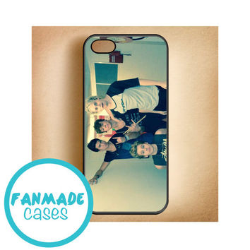 5 Seconds of Summer (5sos) iPhone 4/4s 5/5s/5c & iPod 4/5 Rubber Case