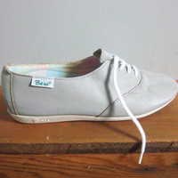 vintage leather grey 80s pastel gingham Bass by Mothballz