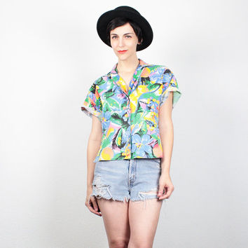Vintage 80s Shirt New Wave Tropical Floral Fruit Print Blouse Button Down Shirt 1980s Crop Top Faded Hawaiian Shirt Collared Shirt M L Large