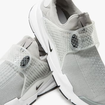 Nike / Nike Sock Dart in Medium Grey