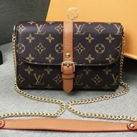 LV Louis Vuitton Fashion casual wild shoulder messenger bag small square bag