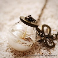 Nature Inspired Jewelry Real Ocean Series Necklace Pendant Graduation Gift (HM0186-WHITE)