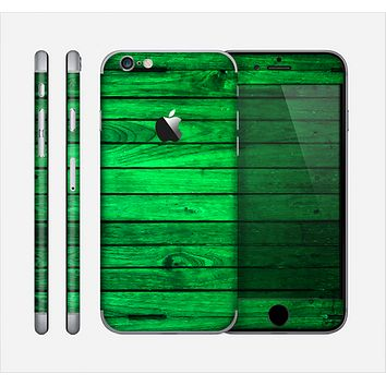 The Bright Green Highlighted Wood Skin for the Apple iPhone 6