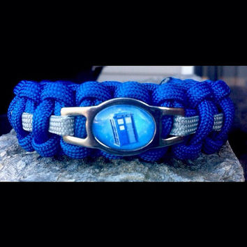 TARDIS Dr Who Shoelace Charm 550 Paracord Survival Band