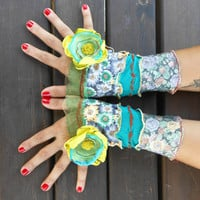 Fingerless gloves, fingerless floral gloves, fingerless patchwork gloves,hippie fingerless gloves,mittens fingerless bohemian, multi-colored
