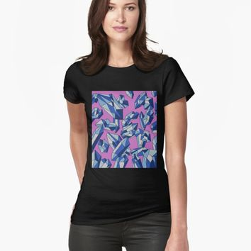 'Falling crystals' T-shirt by VibrantVibe