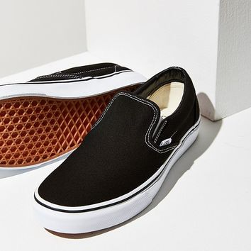 Vans Classic Slip-On Sneaker | Urban Outfitters