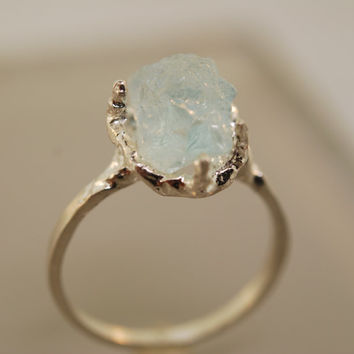 Free form Aquamarine Ring, Raw  Aquamarine, Rough Stone Ring, Twig Ring,