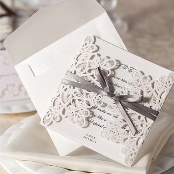 12Pcs/Lot White Bow Decorative Floral Elegant Printable Wedding Invitations Laser Cut Invitation Card With Blank Paper Envelope