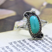 Dainty Vintage Turquoise Ring | Gemstone Ring | Boho Stacking Ring | Native American Silver Ring | 1970s Hippie Jewelry | Size 6.75