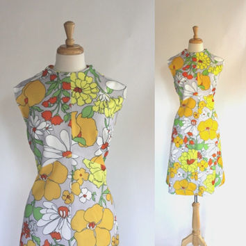 Vintage Dress / 60s Dress / Mod / Op Art / Graphic Polyester Dress / Mad Men Style / Flower Power