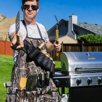 The Grill Hunter w/ Drink Holsters Apron