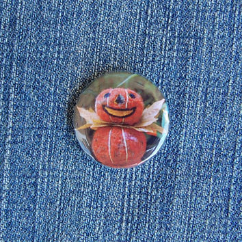 Pumpkin Pin Badge, Needle Felted Halloween Button Badge - Cute Pins - Retro Halloween Style - Pumpkin King - Pocket Money Gift