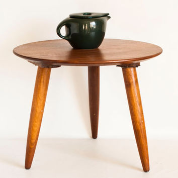 """Vintage 1960s """"Prelude"""" Walnut Tripod End Table, Small Round Coffee Table, Mid Century Modern Solid Wood, Made in California"""