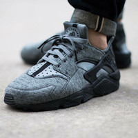 Exclusive Fleece Nike Air Huaraches
