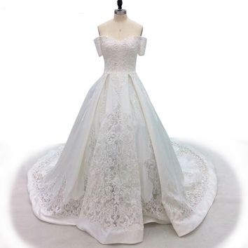 White Elegant Sweetheart Wedding Dress Lace Satin Bridal Gown Sequined Appliques Wedding Gown
