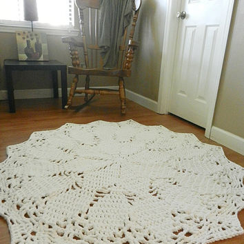Giant Crochet Doily Rug- White Rug- Large area rug- Round Rug, Cottage Chic- Oversized- lace, rustic rug boho Chic Rug
