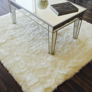 4'x5' Shag faux fur accent rug - Choose your color