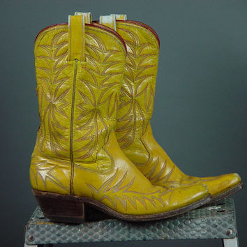 Vintage Acme Boots Yellow Custom Made Fancy Feather Stitching 7 75 Ladies Womens