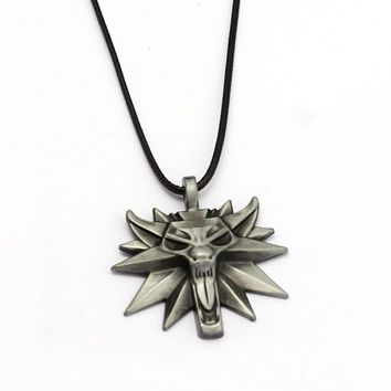 The Witcher 3 Wild Hunt Wizard Necklace Game Medallion Pendant Wolf Head Necklaces Women Men Charm Gifts Game Jewelry