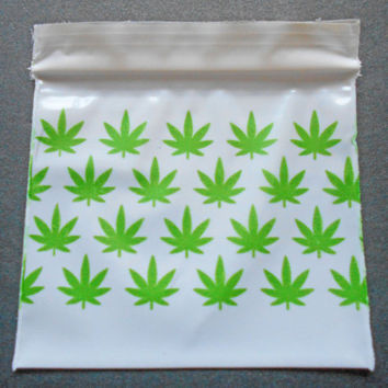 200 Green Leaf Marijuana Pattern 2 x 2 (Small White Plastic Baggies) 2020 Tiny Ziplock - Mini Poly Dime Bags - Rave Party Ganja Packaging