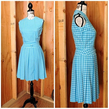 60s Gingham dress / XS size 3 / 4 / 60s blue plaid shift dress / 1960s pleated summer dress / mod Retro blue sun dress / handmade