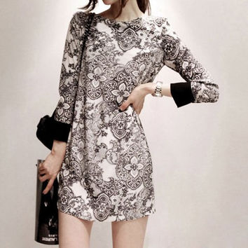 Floral Print Scoop Neck Long Sleeve Shift Dress