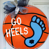 UNC Basketball wood door hanger,Tar Heels basketball door hanger,UNC basketball wreath,Tar Heels door hanger,basketball party decor