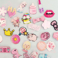 1 PCS Pink Series No.2 Icon Free Shipping Kawaii Acrylic Badge Backpack Decoration Pin Badges Cartoon Icons Pins