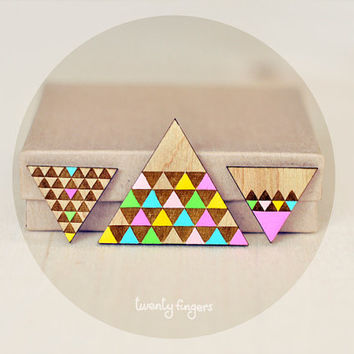 Set of Wood Brooch with Earrings Geometry Triangle ( Laser cut )