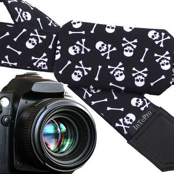 Skulls camera strap with pocket. Black and white DSLR camera strap. Teens gift. Personalized camera strap.
