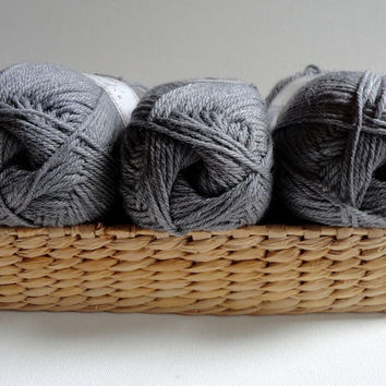 Lamb's Wool ,gray yarn,special,grey,new trends,winter,fall fashion,3 Skeins, Each skein:100 gr