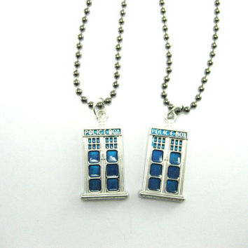 Tardis Necklace Set Best Friends  Doctor Who Necklace Set Police Box Jewelry BFF Whovian Gift Tardis Jewelry Doctor Who Jewlery